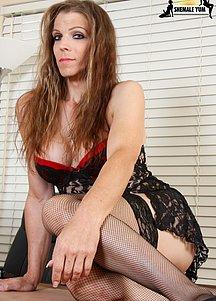 Savannah Hartwood